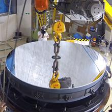 初夏の風物詩——188cm反射望遠鏡主鏡アルミ蒸着作業