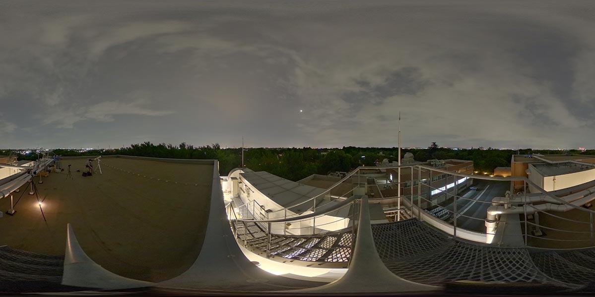 全天球カメラによる月食撮影の様子
